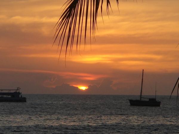 IMHawaii07_KonaPreRace_Sunset6