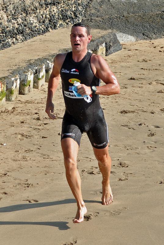 TeamMango_SprintTriathlon_Tommy SwimExit